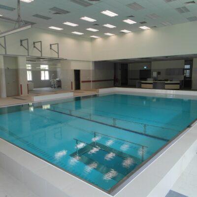 Movable floor therapy pools, Bassin thérapeutique, Therapiebäder, Therapiebader, Hubböden, Terapibassenger, Bassin thérapeutique, therapiezwembad, Beweegbare zwembadbodem therapiebad, hydrotherapie, beweegbare vloer, beweegbare bodem, beweegbare zwembadbodem, beweegbare zwembadvloer